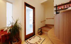 美容室WinK 内観リフォーム 玄関