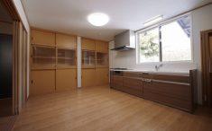 開放的な壁付キッチン リフォーム
