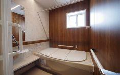 温かみのあるバスルーム 浴室 リフォーム